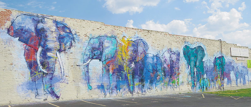 Nine museums and galleries to visit in dallas vacations for Dallas mural artists
