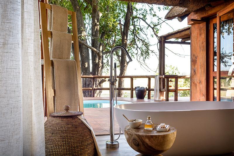 Vacationsmag_sanctuary_retreats_bathroom