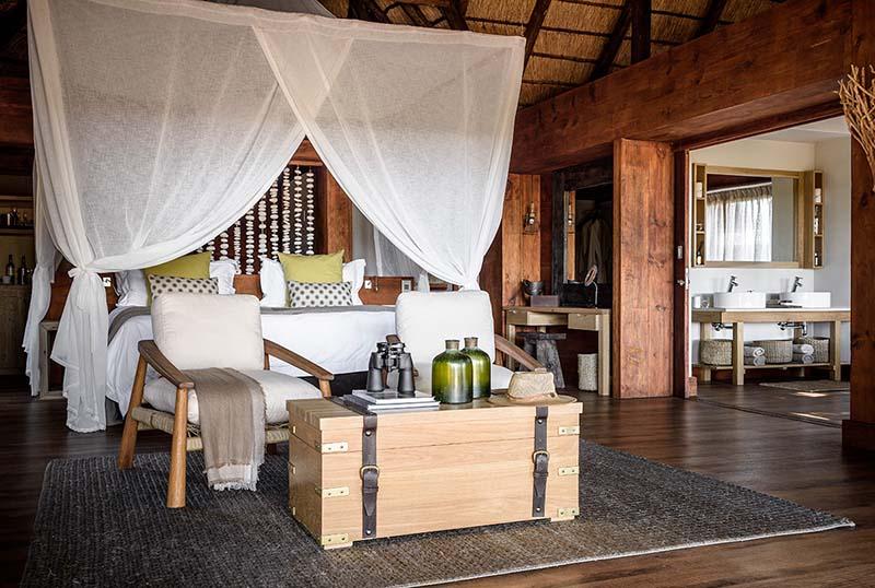 Vacationsmag_sanctuary_retreats_bedroom