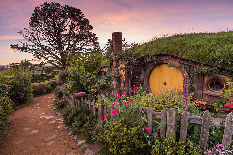 Yellow door, Hobbiton, New Zealand, Lord of the Rings