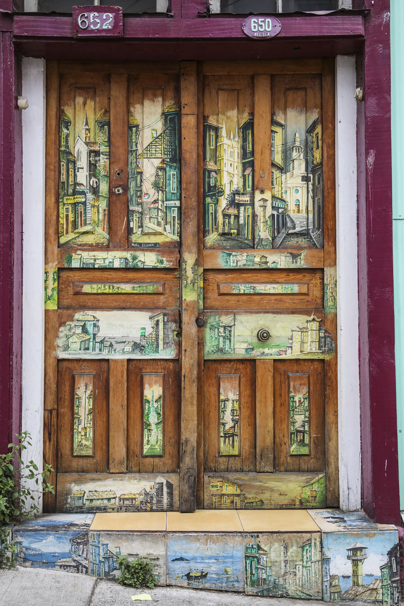 old doors, street art, Valparaiso, Chile