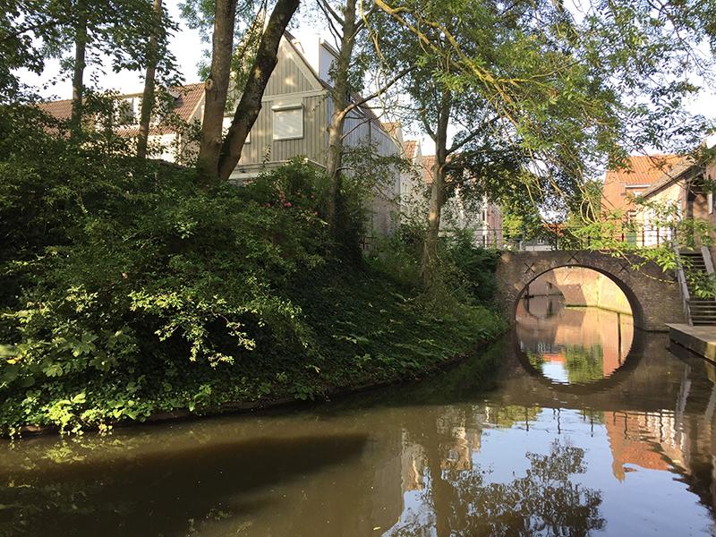 Canal, 's Hertogenbosch, Dutch towns