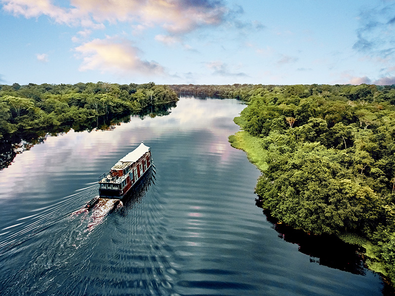 Aqua Expeditions, Aria Amazon, cruise, Jean-Michel Cousteau