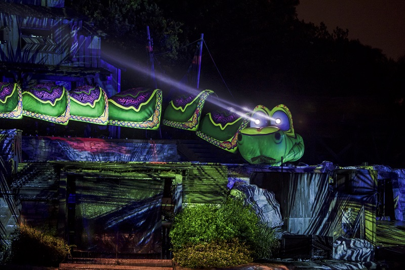Fantasmic, Disneyland Resort, Kaa