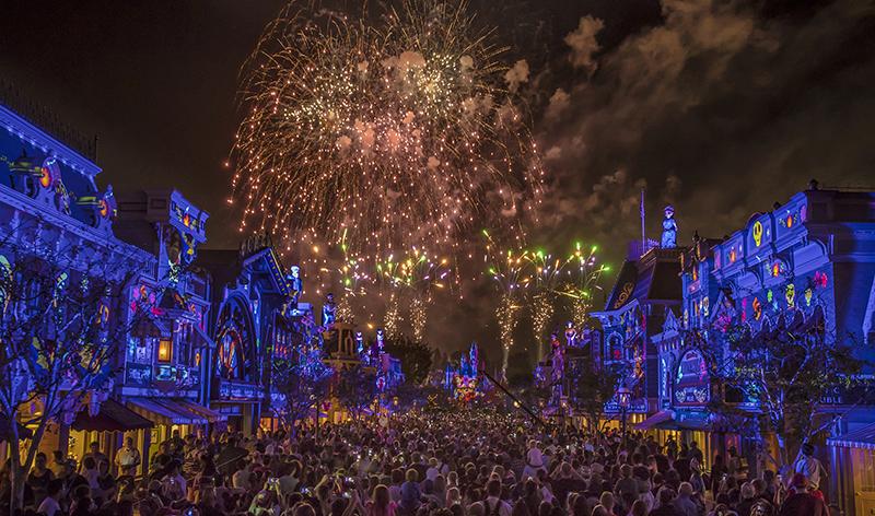 Together Forever fireworks, Disneyland, Pixar Fest
