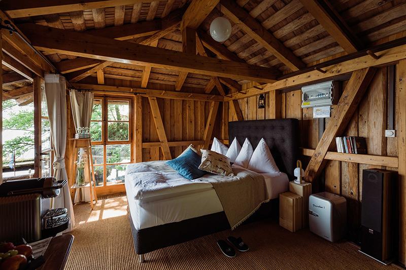 Seehotel Kastanienbaum, Lucerne, boathouse, Switzerland, pop-up hotels, Switzerland Tourism