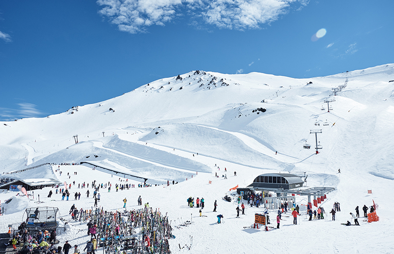 Mt Hutt Ski Resort, Mt Hutt, New Zealand